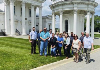 Riverport business group takes a tour